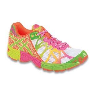 ASICS Gel Noosa Tri Running Shoes Sz 1 Like New!